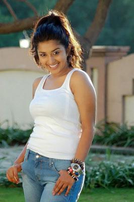 Meera Jasmine Bra Size, Weight, Height and Measurements