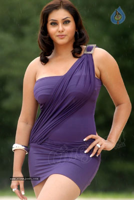 Namitha Bra Size, Weight, Height and Measurements