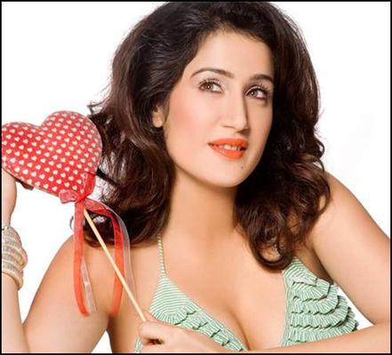 Sagarika Ghatge Bra Size, Weight, Height and Measurements