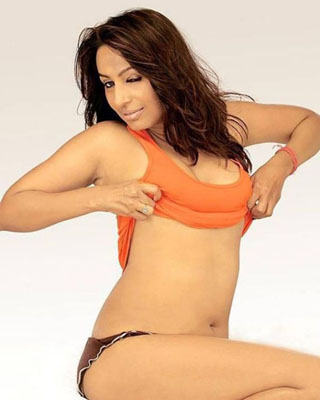 Kashmira Shah Bra Size, Weight, Height and Measurements