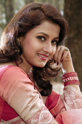 Rachana Banerjee Bra Size, Weight, Height and Measurements