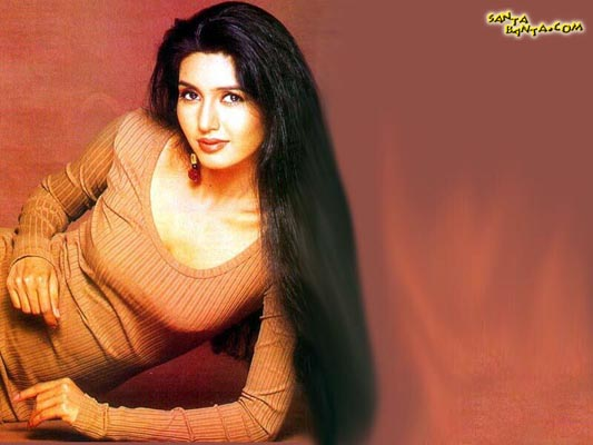 Deepti Bhatnagar Bra Size, Weight, Height and Measurements