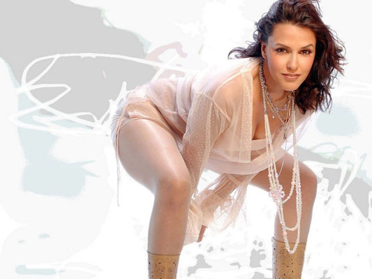 Neha Dhupia Bra Size, Weight, Height and Measurements