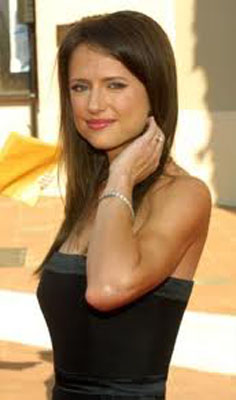 Jean Louisa Kelly Bra Size, Weight, Height and Measurements
