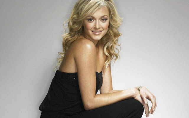 Fearne Cotton Bra Size, Weight, Height and Measurements