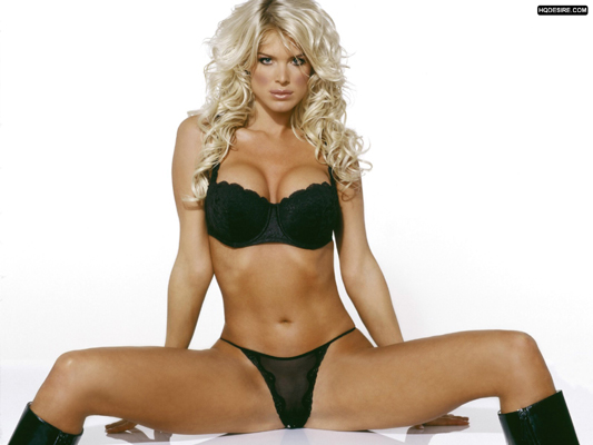 Victoria Silvstedt Bra Size, Weight, Height and Measurements