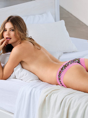 Behati Prinsloo Bra Size, Weight, Height and Measurements