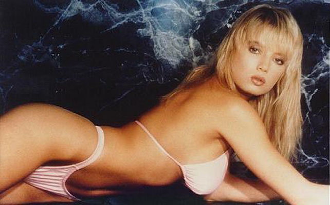 Traci Lords Bra Size, Weight, Height and Measurements