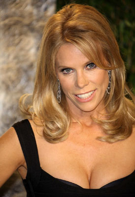 Cheryl Hines Bra Size, Weight, Height and Measurements