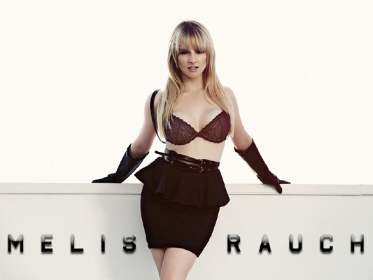 Melissa Rauch Bra Size, Weight, Height and Measurements