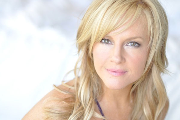 Rachael Harris Bra Size, Weight, Height and Measurements
