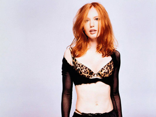 Alicia Witt Bra Size, Weight, Height and Measurements