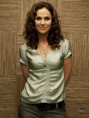 Amy Brenneman Bra Size, Weight, Height and Measurements