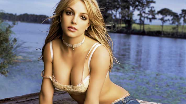 Britney Spears Bra Size, Weight, Height and Measurements