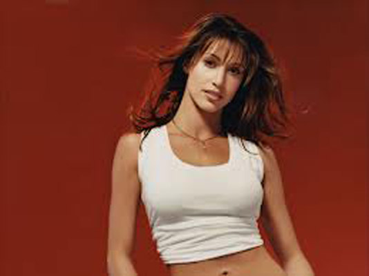Shannon Elizabeth Bra Size, Weight, Height and Measurements