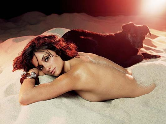 Penelope Cruz Bra Size, Weight, Height and Measurements