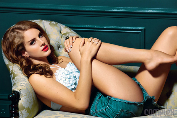 Lana Del Rey Bra Size, Weight, Height and Measurements